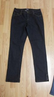 Apt 9 zippered ankle jeans size 8 (fit like 10)