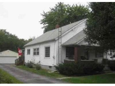 2 Bed 1 Bath Foreclosure Property in Glenwood, IN 46133 - S Main St