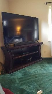 65 inch vizo LCD tv with stand