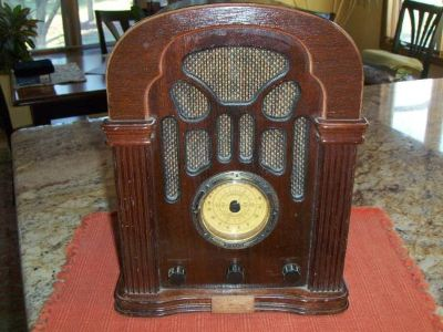 Thomas Collector's Edition Replica Radio
