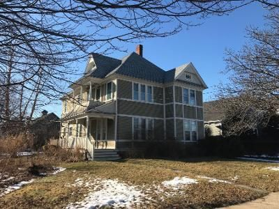 Preforeclosure Property in Greenport, NY 11944 - 1st St