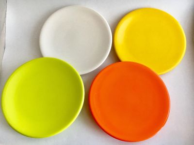 6 inch plastic plate 10 for $5
