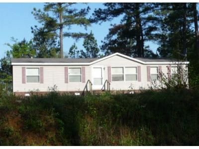 3 Bed 2 Bath Foreclosure Property in Medon, TN 38356 - Old Toone Rd