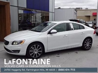 2018 Volvo S60 T5 Platinum (Crystal White Pearl Metallic)