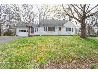 4 Bed 1.5 Bath Foreclosure Property in Enfield, CT 06082 - Parky Dr