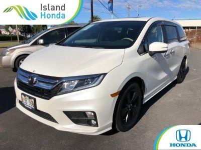 2018 Honda Odyssey (White Diamond Pearl)
