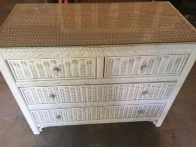 White wicker dresser with glass top to it. Cross posted 38x19x31 h