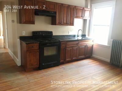 304 West Avenue
