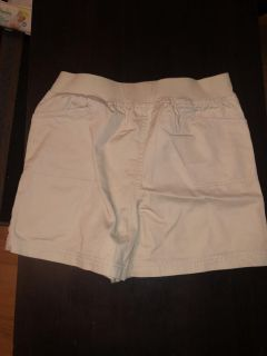 Announcements! Maternity Shorts! Khaki Shorts! Size Small! EUC! Drawstring Missing But Doesn t Effect The Wear!