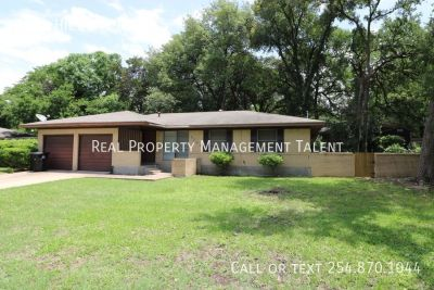 Single-family home Rental - 3301 Hickory Road