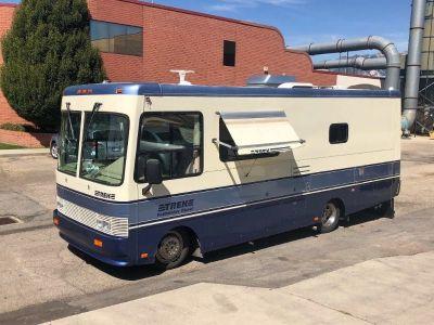 1997 Safari Trek 2430 Diesel Motorhome