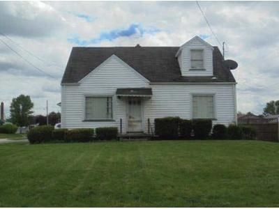 2 Bed 1 Bath Preforeclosure Property in Struthers, OH 44471 - Overlook Blvd