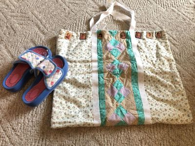 American girl doll shoes, carrier, and tons of 18in clothes