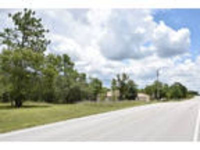 1 Acre of Central Florida Land - Power, Paved Road