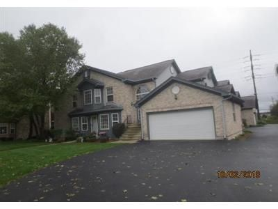 3 Bed 3 Bath Foreclosure Property in Mchenry, IL 60050 - Kresswood Dr