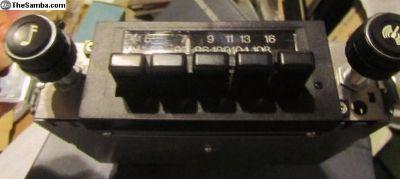 RadioRabbit/Pickup1981-1984:NOS