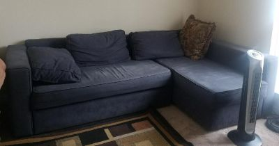 Ikea Sectional Sofa w/ pull out bed