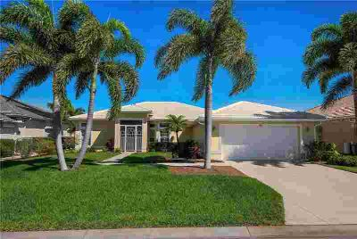 851 Blue Crane Drive VENICE Three BR, Looking for a lovely, airy