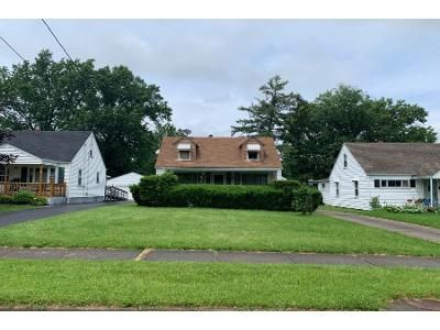 3 Bed 1.0 Bath Preforeclosure Property in Youngstown, OH 44509 - Scheetz St