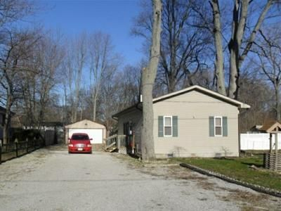 3 Bed 1 Bath Foreclosure Property in Sylvania, OH 43560 - Rudyard Rd