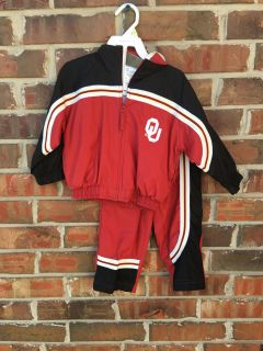 2T OU outfit. Zipup lined jacket with Ou on front & OKLAHOMA on back. Lined pants with stretch waist