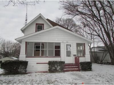 3 Bed 1 Bath Foreclosure Property in Jackson, MI 49203 - Chester St