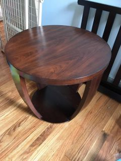 End tables, great condition