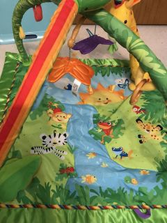 Excellent condition play mat