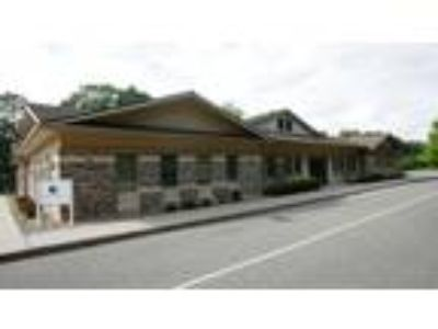Unique Listing offering a 10,600 square foot Turnkey Professional/Medical office