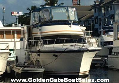 1990 Carver Californian 48 Motor Yacht