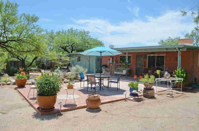 11141 E Quick Draw Place TUCSON Three BR, Remodeled Bel air Ranch