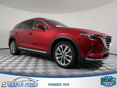 2016 Mazda CX-9 Grand Touring (soul red metallic)