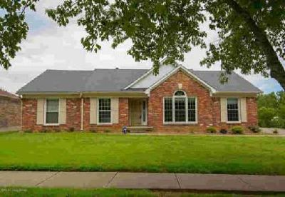 110 Wickfield Dr Louisville Three BR, Brick Ranch Home in the
