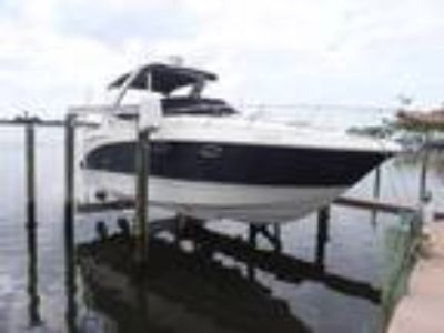 31' Chaparral Signature 310 2006