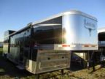 2018 Lakota Trailers Big Horn 8413 4 horses