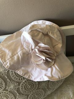 Cute vintage pink baby GAP hat . Size XS/S