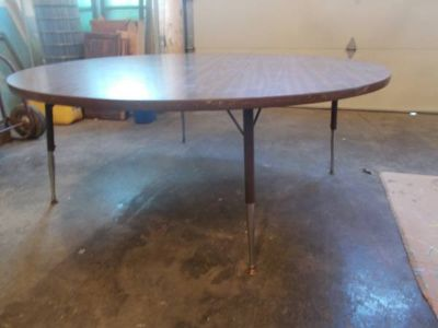 Table*Heavy Duty*Kids Round Table