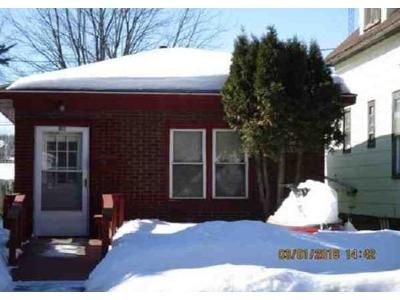1 Bed 1 Bath Foreclosure Property in Hibbing, MN 55746 - 3rd Ave E
