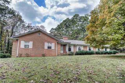 5749 Miller Road Kannapolis, Three BR/Two BA Brick Ranch on almost 8