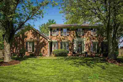 502 Penny Cir LOUISVILLE Four BR, Wonderful 2 story traditional