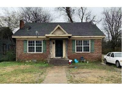 3 Bed 2 Bath Foreclosure Property in Clarksdale, MS 38614 - Cherry St