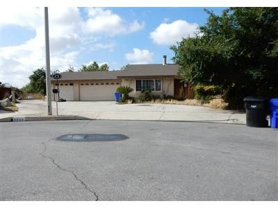 4 Bed 2 Bath Foreclosure Property in Fontana, CA 92336 - Texas Way