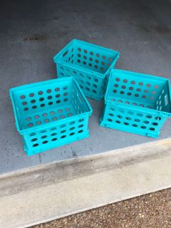 3 stackable crates ppu