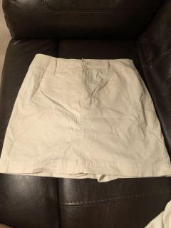 St Johns Bay Stretch Skirt ( with Shorts underneath)