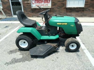 Weed Eater 38 inch cut Riding Lawn mower