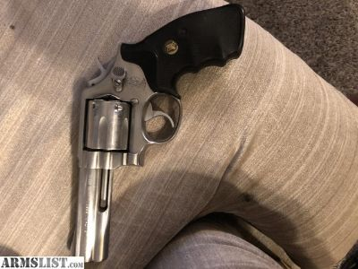 For Sale: Smith an Wesson 357