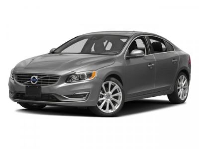 2018 Volvo S60 Inscription Platinum (Bright Silver)