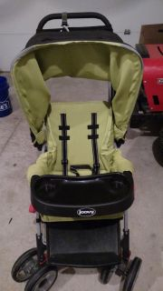 Joovy Caboose Ultralight sit and stand stroller