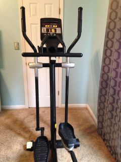 Smooth Fitness CE 7.4 Elliptical