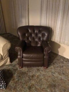 Faux leather good condition recliner